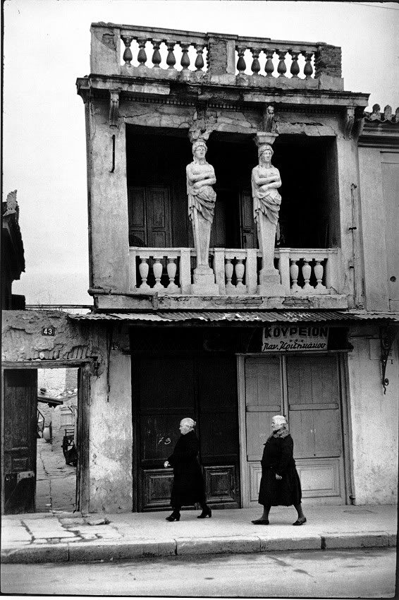 Agion Asomaton Square, Athens - Greece (1961). Photo by Henri Cartier-Bresson