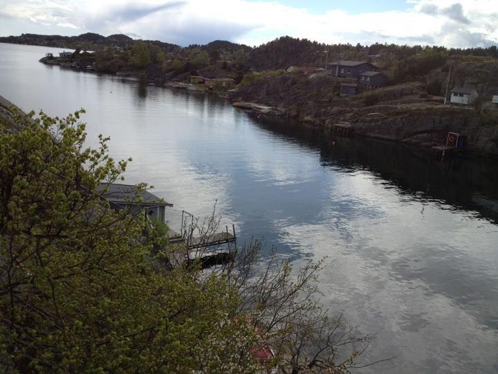 Grindholmen, Østerøya i Sandefjord; utsikten fra verandaen på hytta!