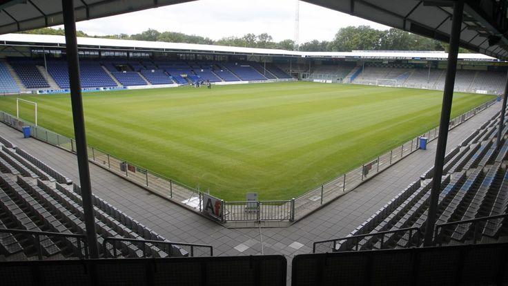 Stadion De Vijverberg, Doetinchem, Países Bajos, Capacidad