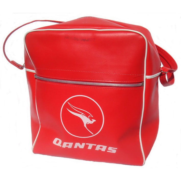 QANTAS AIRLINE BAG