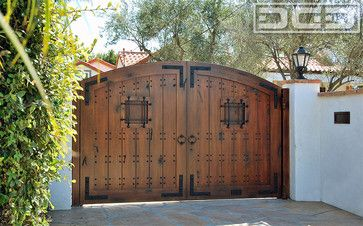 Spanish Style Wooden Gates | Laguna Beach Spanish Style Driveway Gate in ECO-Friendly Composite ...