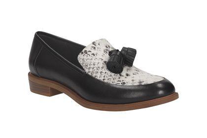 Diese Damenschuhe mit dem Charme britischer Gentleman-Loafers sind vom Kleid bis zu Culottes vielfältig kombinierbar! Die gesamte Auswahl an schönen Damenschuhen von Clarks finden Sie hier: http://www.clarks.de/c/damenschuhkollektion