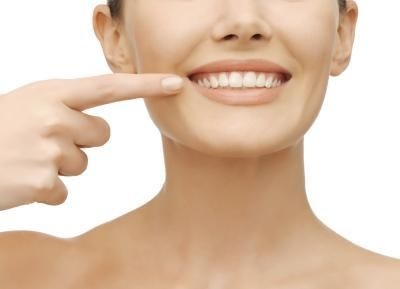 How to Clean Clear Retainers