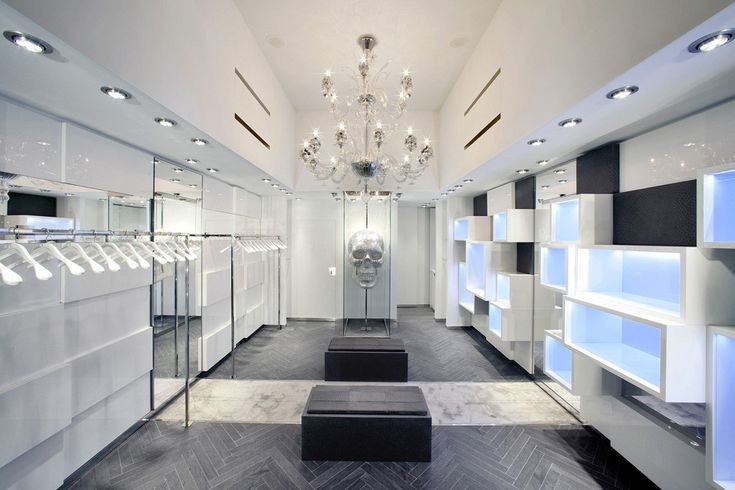 Built by AquiliAlberg in Forte dei Marmi, Italy In occasion of the opening of the new flagship store in Versilia, Italy, Philipp Plein chose to collaborate for the f...