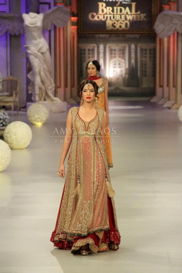 Beautiful Pakistani dress for bridal wear designer