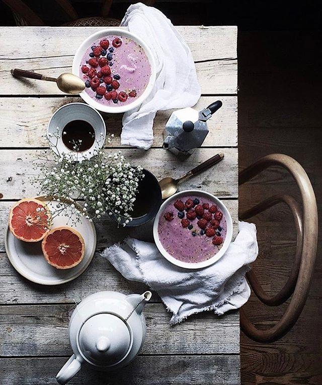 Kellemes #csütörtök reggelt! #morning #breakfast #coffee #fruits #joghurt #thursday #funday #mik#instagood #elle #ellehungary @signebay  via ELLE HUNGARY MAGAZINE OFFICIAL INSTAGRAM - Fashion Campaigns  Haute Couture  Advertising  Editorial Photography  Magazine Cover Designs  Supermodels  Runway Models