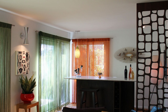 Diffe Coloured Curtains In The Same Room Great Idea These Look Fantastic Gorgeous Window Dressings Pinterest Divider And Fireplace Wall
