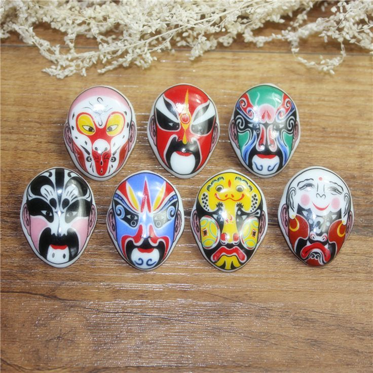 Free shipping 2017 new Ceramic opera mask brooch chinese style unique small gifts abroad memorial Characteristic handicrafts
