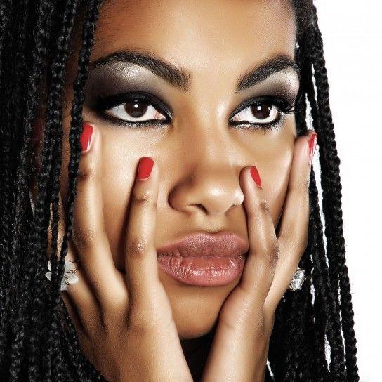 Treccine afro glam e alla moda