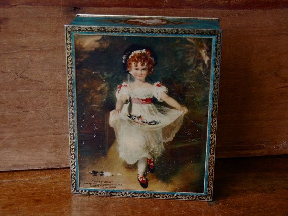 Large vintage biscuit tin by Huntley & Palmer, decorated on the front with Miss Murray, from the painting by Sir Thomas Lawrence. There are images of