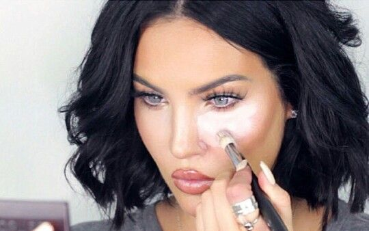 5 Hair and makeup looks to try this season: Natalie Halcro shares her flawless bright undereye makeup secrets !!