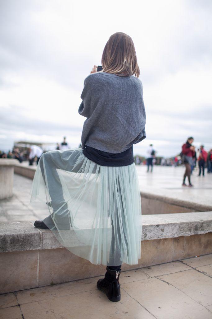パリジェンヌの秋はロング丈で勝負! 2017年春夏パリ・ファッション・ウイーク | WWD JAPAN.com