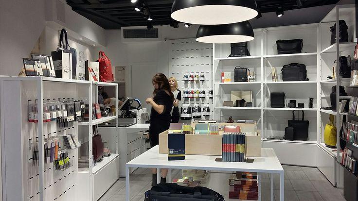 Moleskine Store  Rue Saint-André des Arts, 63  11:00 am - 8:00 pm