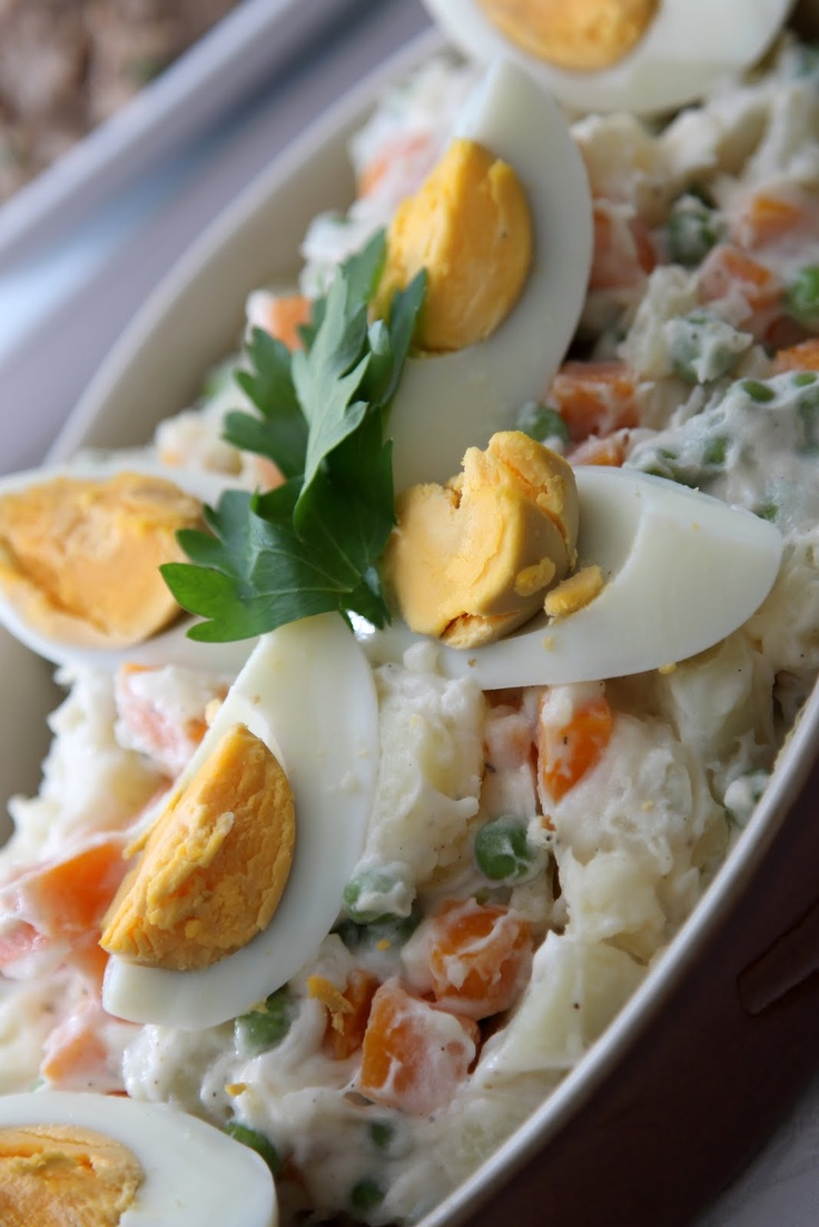 portuguese tuna salad (salada russa)