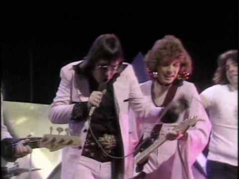 Mud - Tiger Feet (Live TOTP 1974)  we all did the dance at school lunchtime discos!