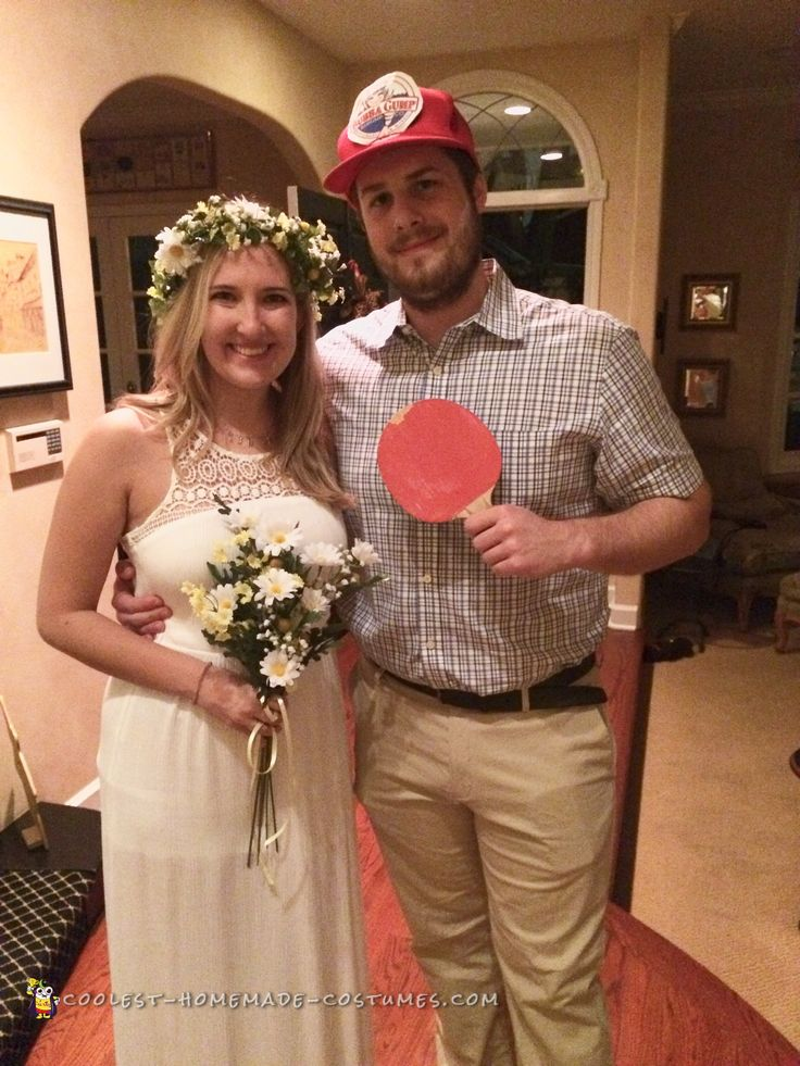Cool Forrest Gump couple costume