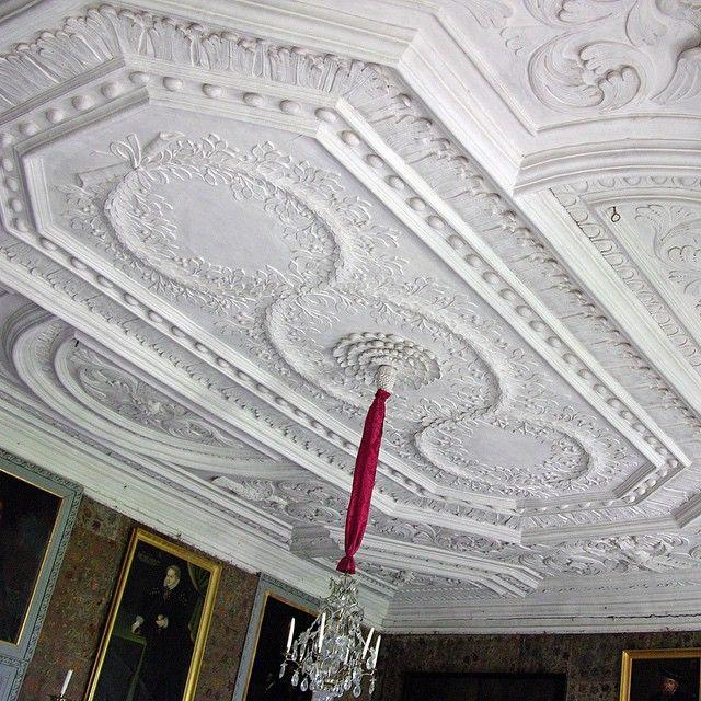 Stucco Ceiling