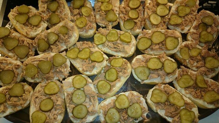 Thunfisch, Salzgurken Baguette