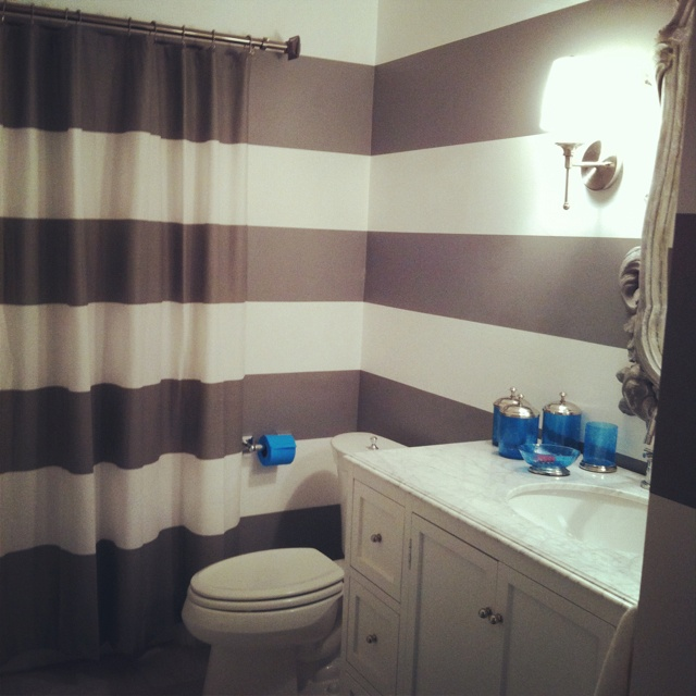 With Brown Or Cream U0026 White. Grey And White Striped Bathroom   Carry Stripes  Onto Shower Curtain U003d Genius.