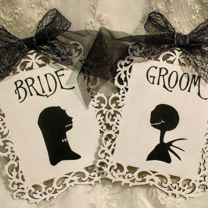 Nightmare before Christmas themed Bride and Groom signs for your Wedding featuring Jack and Sally #jackandsally #nightmarebeforechristmas