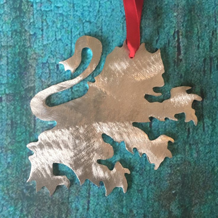 Harry Potter Gryffindor Symbol, Lion, Holiday Ornament or Wall Decor, Harry Potter, Ornament, gift, metal lion, art, Christmas by ScreenDoorGrilles on Etsy