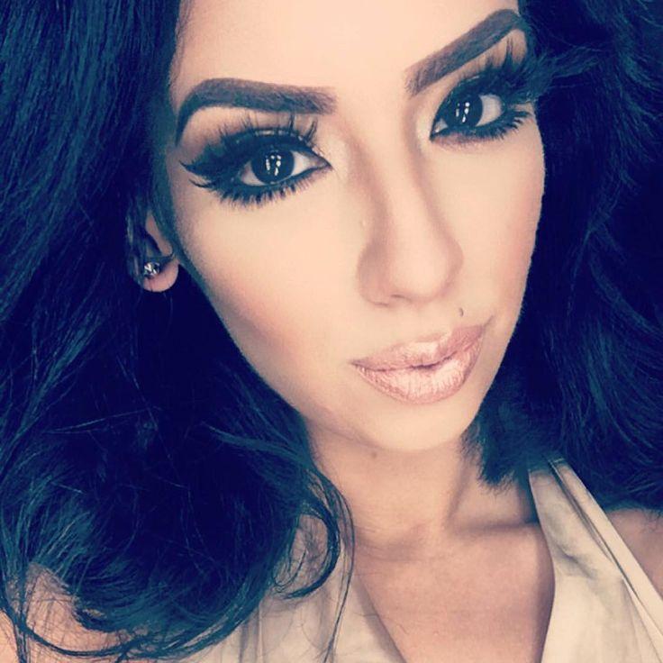 •California •Hispanic •Makeup Artist •PinkyRose •209