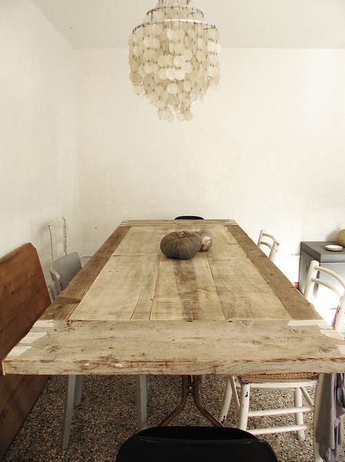 Table designed by me with rough wooden boards - www.sandracaleffi.com