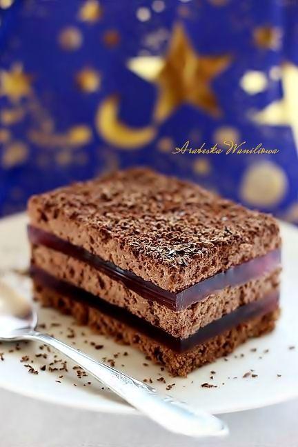 Ciasto nocka Dużo kremu kakaowe i galaretki