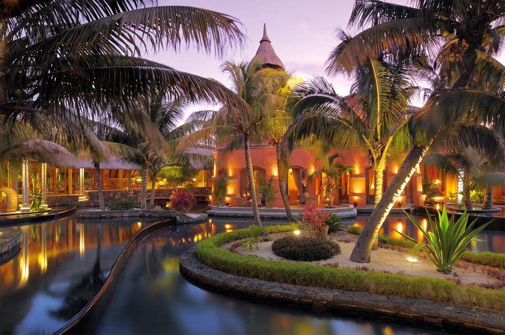 http://www.beachcomber-hotels.com/Resources/img/photo_gallery/MU_D/images/MUDCOM1Dbm09.jpg DINAROBIN HOTEL GOLF & SPA
