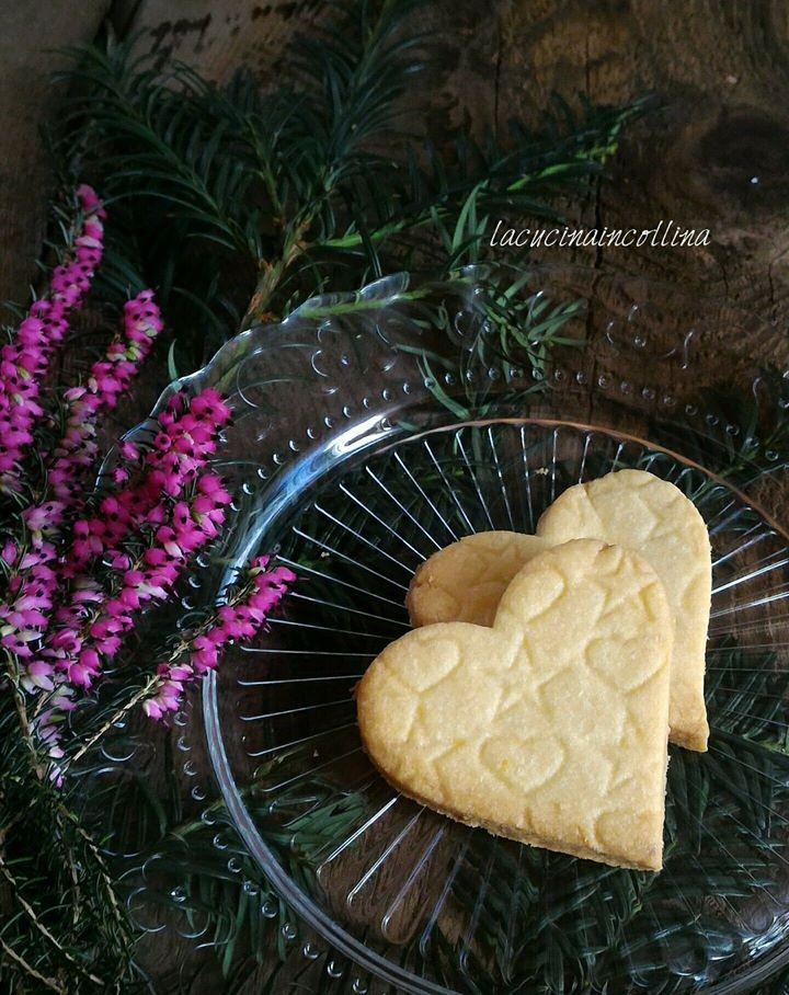 la cucina in collina: biscotti di frolla