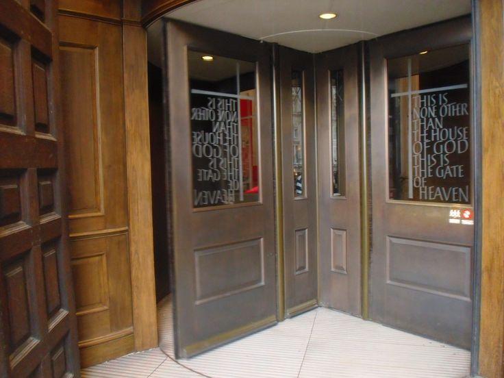 Door. St. Paul. London, UK.