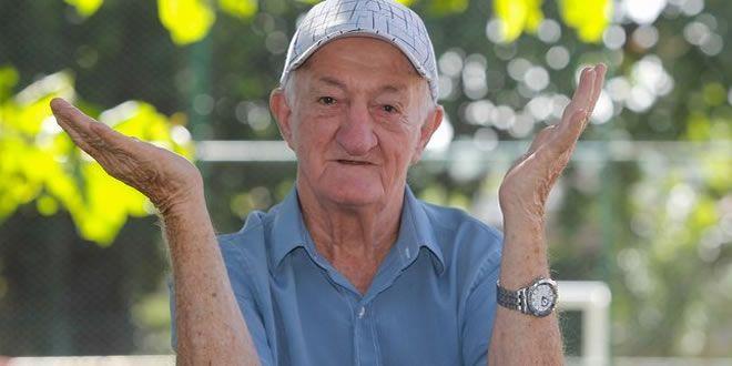 Após 50 anos, assistente de palco Russo deixa Globo - http://projac.com.br/curiosidades-televisao-eventos-brasil-mundo-e-variedades/apos-50-anos-assistente-de-palco-russo-deixa-globo.html