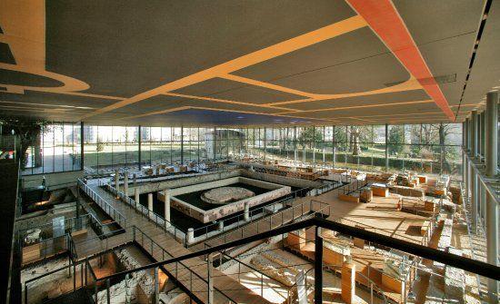 Vesunna Gallo-Roman Museum, Perigueux: Lees beoordelingen van echte reizigers zoals jij en bekijk professionele foto's van Vesunna Gallo-Roman Museum in Perigueux, Frankrijk op TripAdvisor.