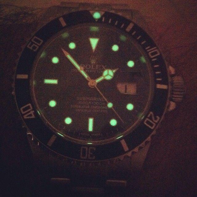 #Rolex #16610 #submarinerdate #submariner #relojes #watchporn #wristporn #horology #orologi #uhren #montres #watches #menwatches #timepiece #wristporn #watchaddiction #watchaddict #dailywatch #watchlover #watchfam #menwithclass #menstyle #wristshot  #vintagewatch #vintagerolex #grailwatch