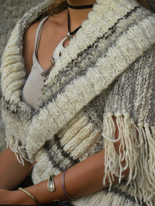 capas tejidas con lana de oveja natural