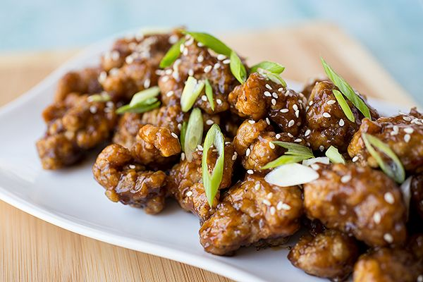 """General """"Pow's!"""" Chicken in a Sweet 'n Spicy Glaze, with Green Onions and Toasted Sesame Seeds"""