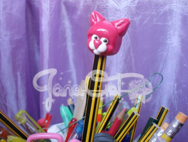 Cute head cat made in FIMO :D nice for pencils!