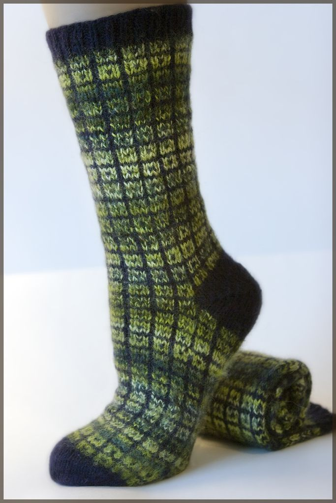 Toe Up Knitted Sock Pattern Free : No swatch toe up socks. Toe-up socks, knitting patterns Pinterest Lifes...