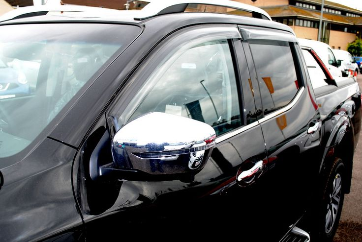 Nissan Navara NP300 D23 2016 on Double Cab Wind Deflectors - KE8004K010