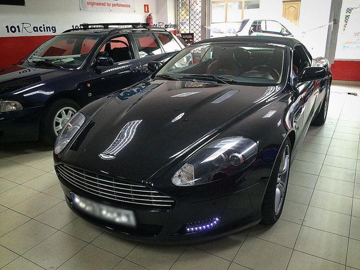 Todo es mejorable en el mundo del #motor. A este #AstonMartin le hemos instalado un kit de luz diurna en #led. www.101racing.es #tuning #tuningcar #tuningcars #tuningauto #tuningshow #tuningworks #leds #cars #carpro #carporn101 #supercar #ferrari #italy #auto #autodetailing #laspalmasdegrancanaria #españa #meguiar #wash #shine #coche #coches #coches_rs