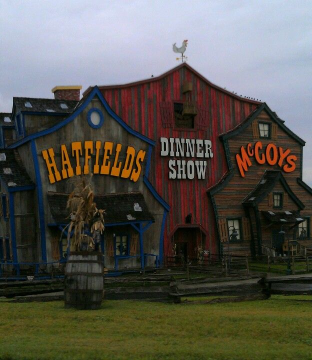 Hatfields and McCoys - Dinner Show - One of the best shows in Pigeon Forge, Tennessee! Great food and a great show! #pigeonforge #dinner #show