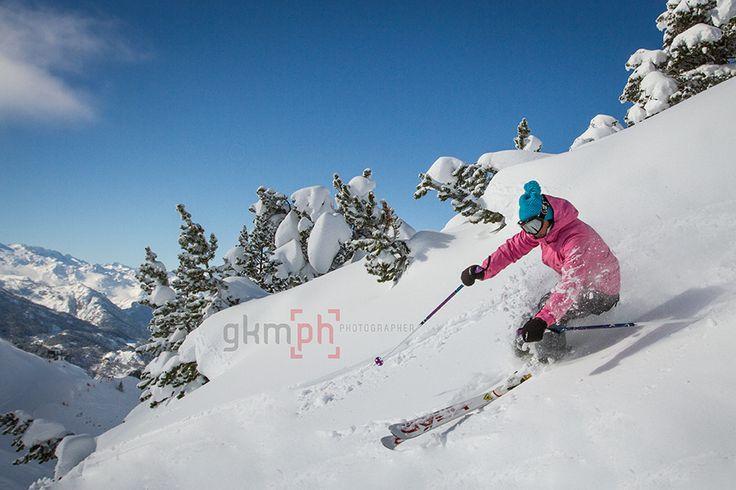 La experiencia de esquiar en Baqueira Beret y que te realice unas fotografias personalizadas como #reporski #valdaran