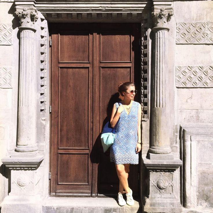 Slow Fashion Outfit / sloris.de Rucksack: FERDINandNOAH Kleid: asos eco edit Schuhe: veja VEGAN/SOCIAL <3