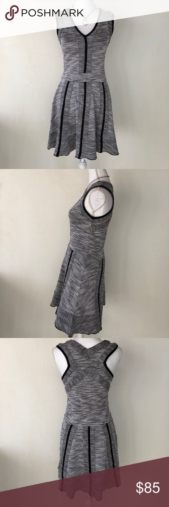 Parker Metallic Silver & Gray Dress, S This lovely Parker Metallic Silver & Gray Dress, S had holiday parties (NYE anybody?) written all over it! EXCELLENT CONDITION NO DEFECTS Parker Dresses Midi