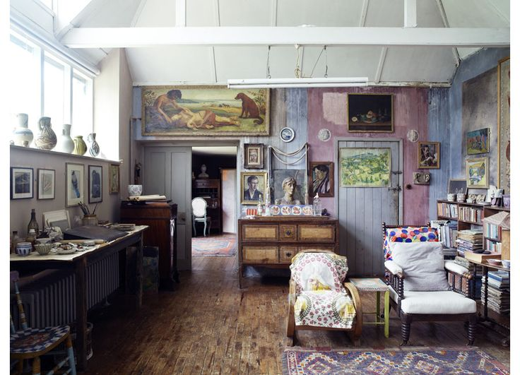 Duncan Grant & Vanessa Bells' home (image by Richard Powers)
