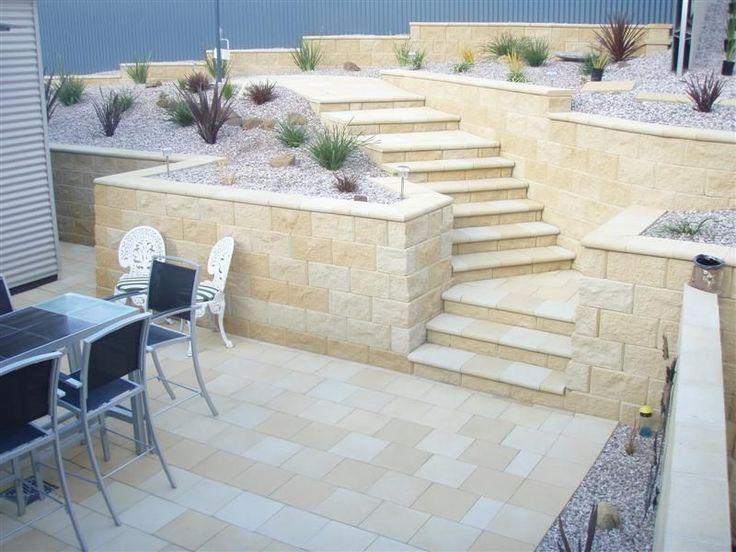 Metz Stone & Bullnose - Limestone