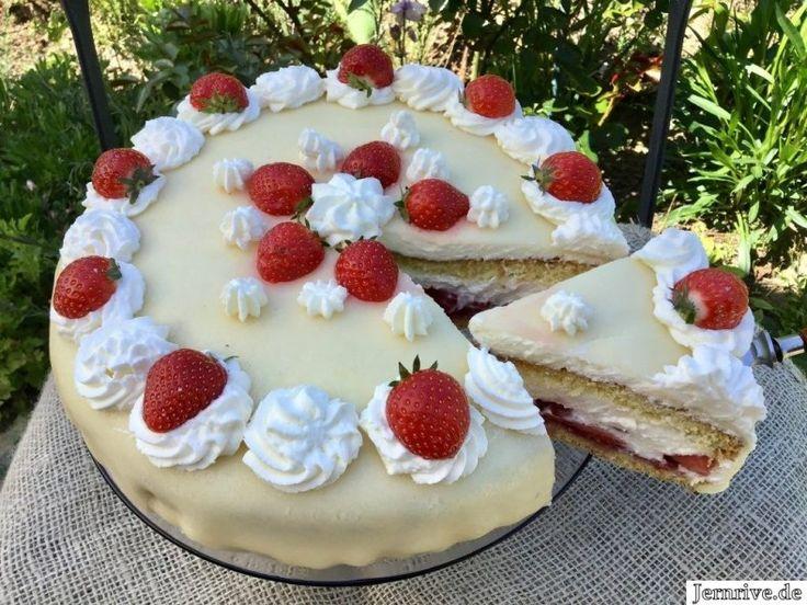 Erdbeertorte mit Marzipan – Aus meinem Kuchen und Tortenblog