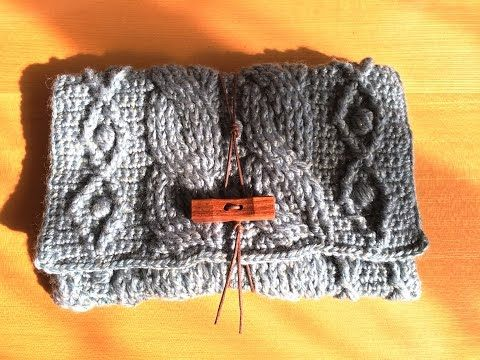 カギ針で編む縄編みのクラッチバッグの作り方 - YouTube