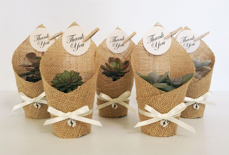 Footprints Succulent Favors | Wrapped in Hessian by CandSBoutiqueShop on Etsy
