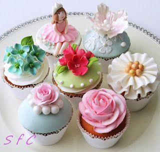 Cellebration cup cakes collection Sugar flowers Creations: Πρόγραμμα σεμιναρίων Σεπτέμβριος 2013